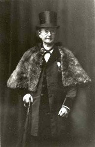 Mary E. Walker in men's clothing and her later years